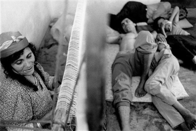 Exposition sur l'intimité du quotidien d'une famille tunisienne par Anne-Marie Louvet photographe